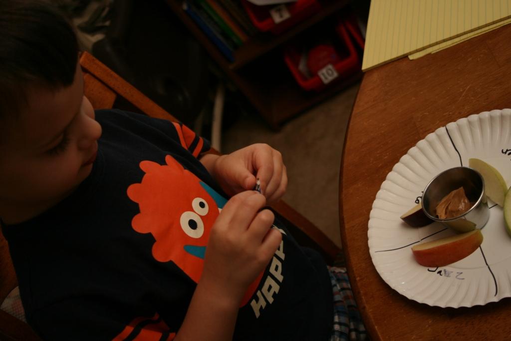 apple science experiment using five senses