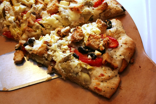 RECIPE: Gourmet White Chicken Pizza