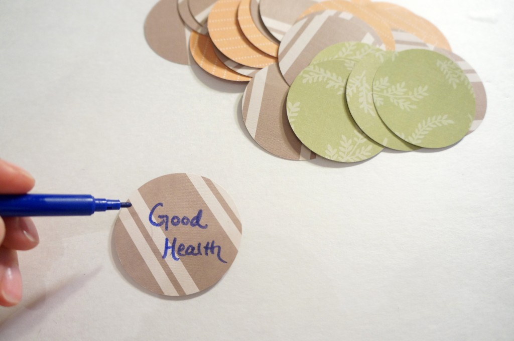 Easy Thanksgiving craft idea for showing gratitude