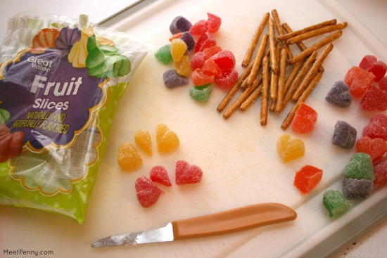 Such a simple Valentine's Day snack for kids!