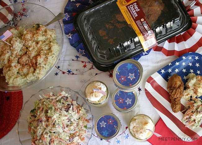 Love this super easy July 4th menu. Stop by Walmart for fried chicken. Make the sides including this amazing slaw with creamy coleslaw dressing. Adore the cute banana pudding jars too! #ad #SummerYum