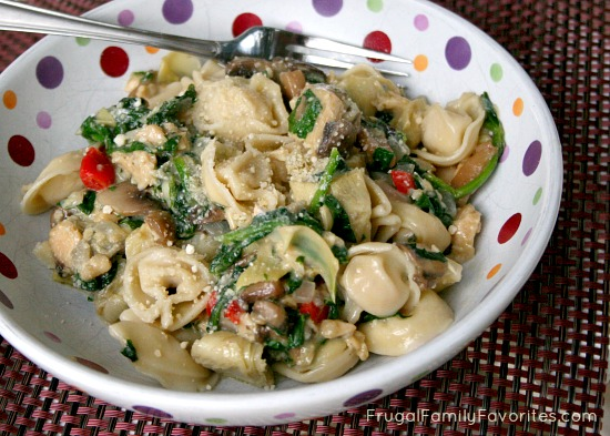 Cheesy Spinach and Artichoke Tortellini with Chicken